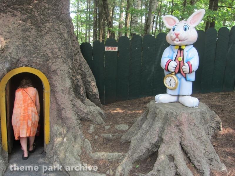 Alice in Wonderland at Great Escape & Splashwater Kingdom