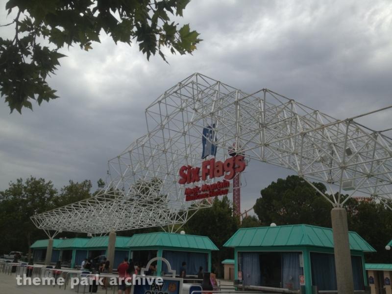 Entrance at Six Flags Magic Mountain