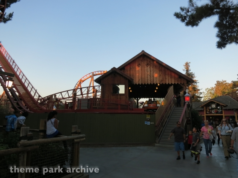 Sierra Sidewinder at Knott's Berry Farm
