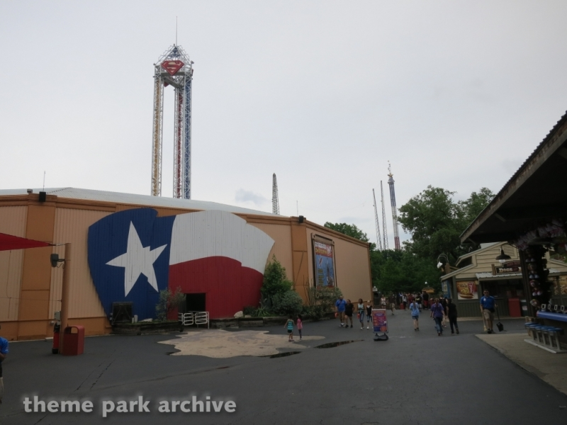 Tower at Six Flags Over Texas