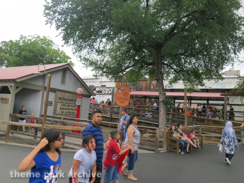 Train at Six Flags Over Texas