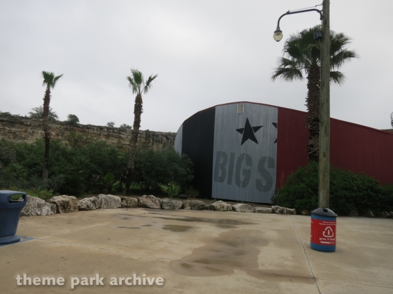 Pandemonium at Six Flags Fiesta Texas