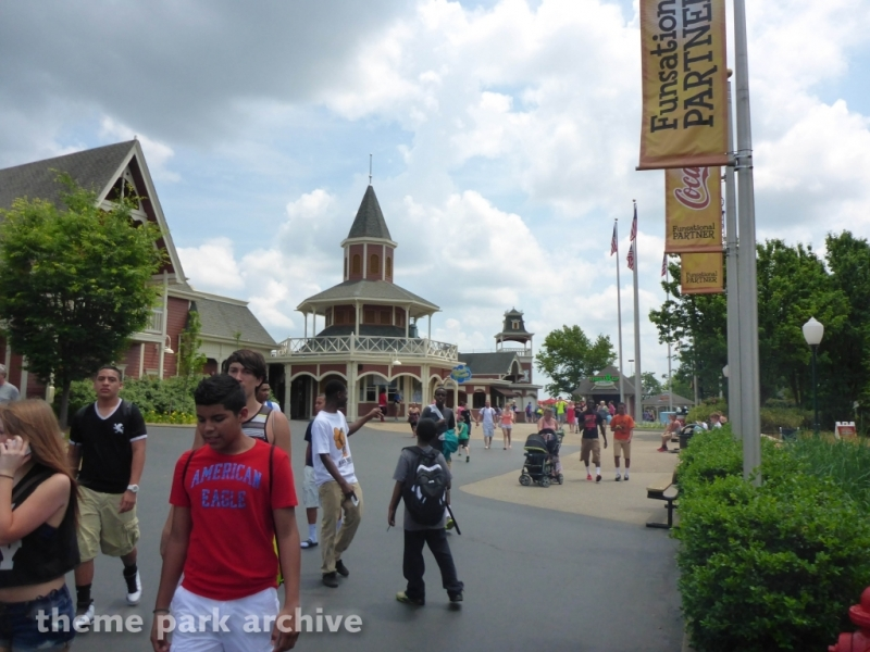 Ticketing Center at Kentucky Kingdom