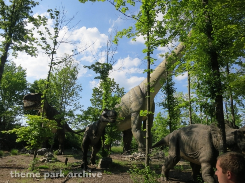 Dinosaurs Alive at Kings Island