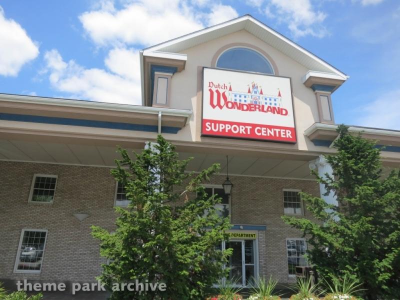 Support Center at Dutch Wonderland