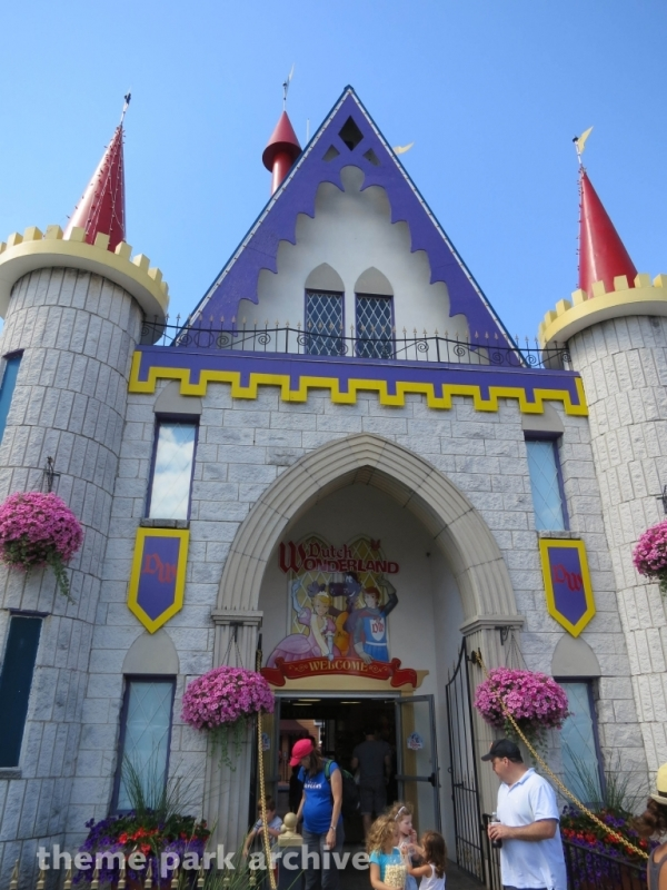 Entrance at Dutch Wonderland