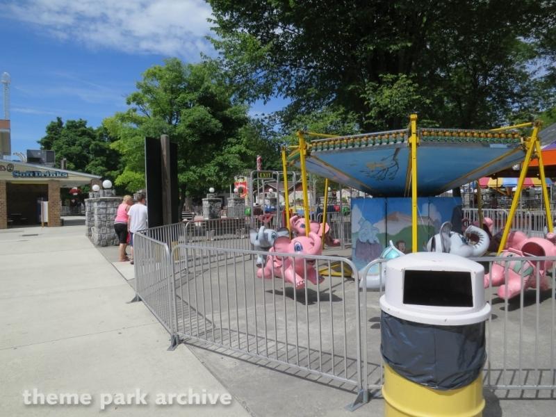 Elephants at DelGrosso's Amusement Park