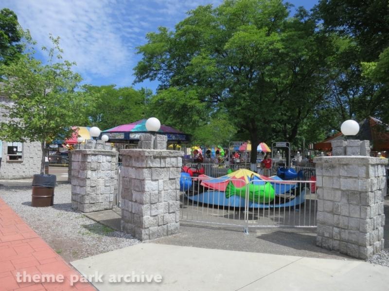 Whales at DelGrosso's Amusement Park