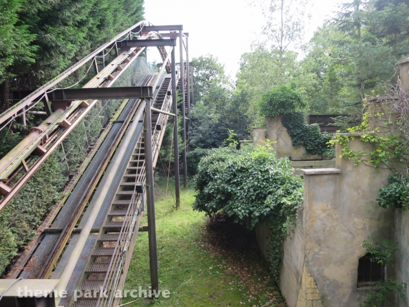 Vampire at Chessington World of Adventures Resort