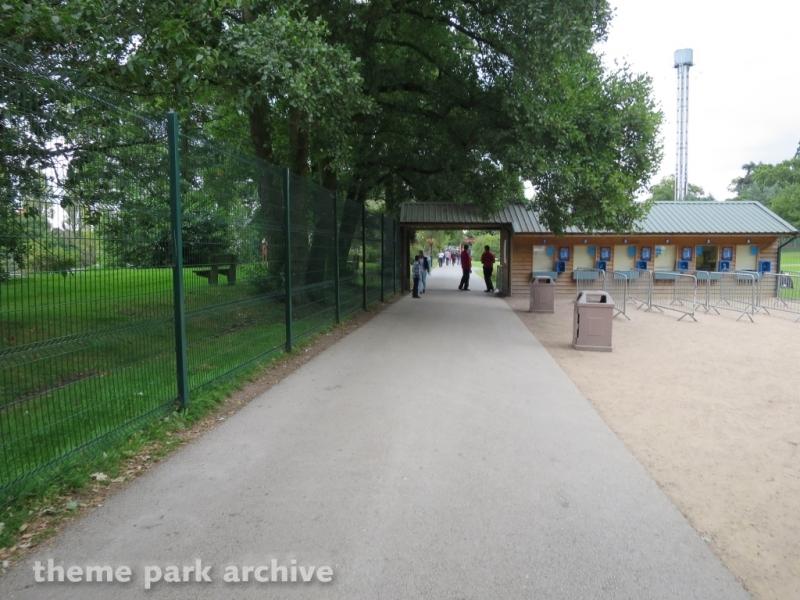 Entrance 2 at Drayton Manor