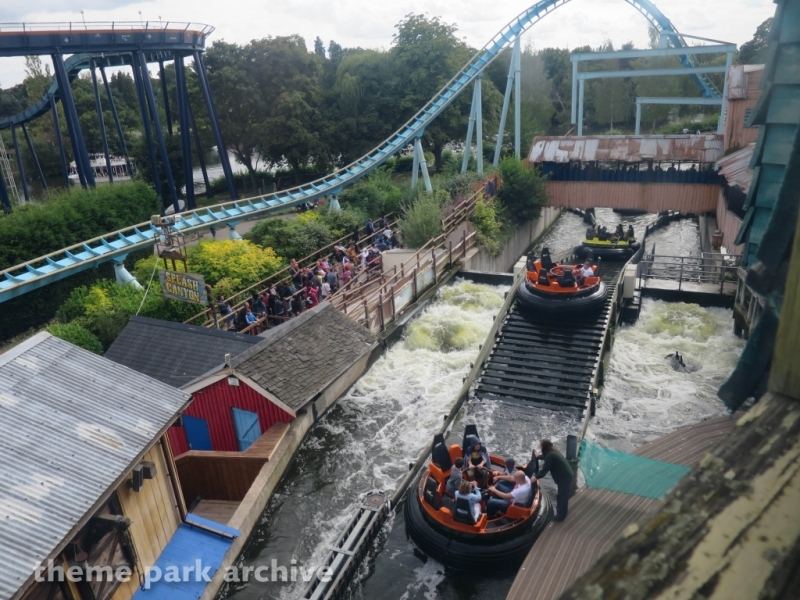 Splash Canyon at Drayton Manor