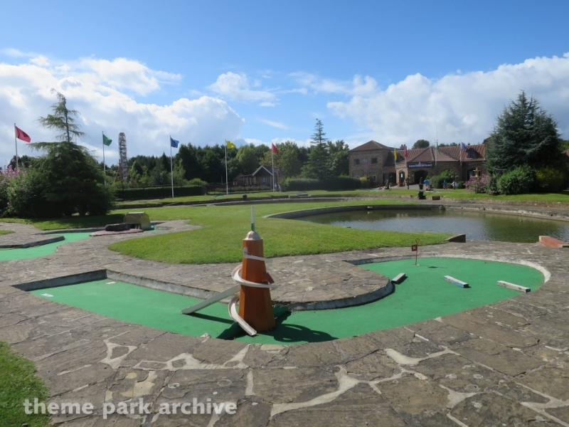 Crazy Golf at Lightwater Valley