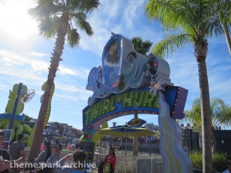 Kang and Kodos Twirl N Hurl at Universal Studios Florida