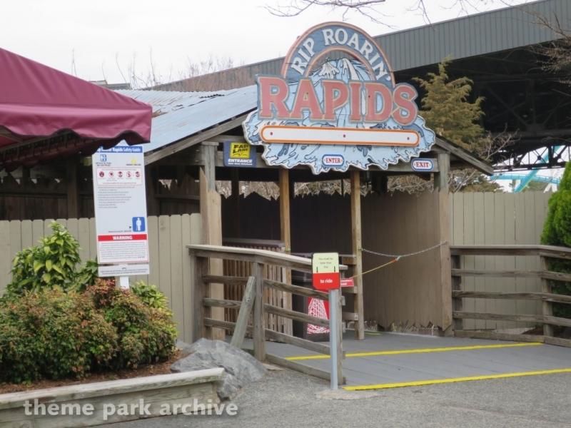 Rip Roarin' Rapids at Carowinds