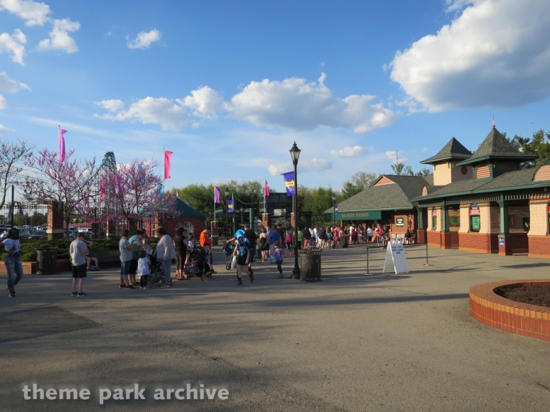 Entrance at Kennywood