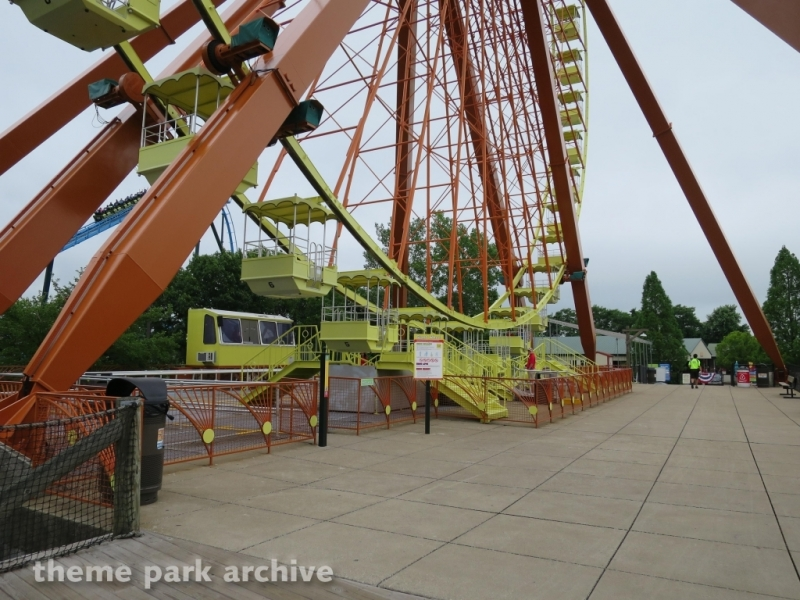 Giant Wheel at Kentucky Kingdom