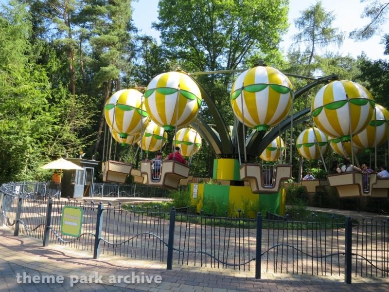 Balloon Race at Holiday Park