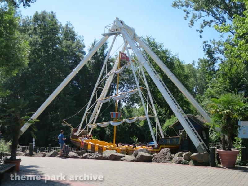Stormship at Holiday Park