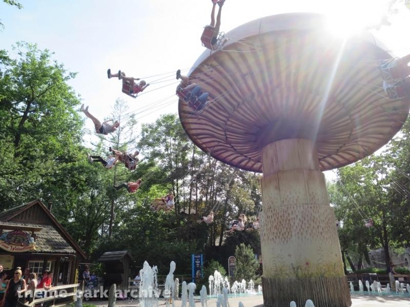 Vienna Wave Swinger at Europa Park