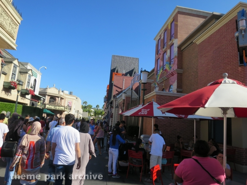 Despicable Me Minion Mayhem at Universal Studios Hollywood