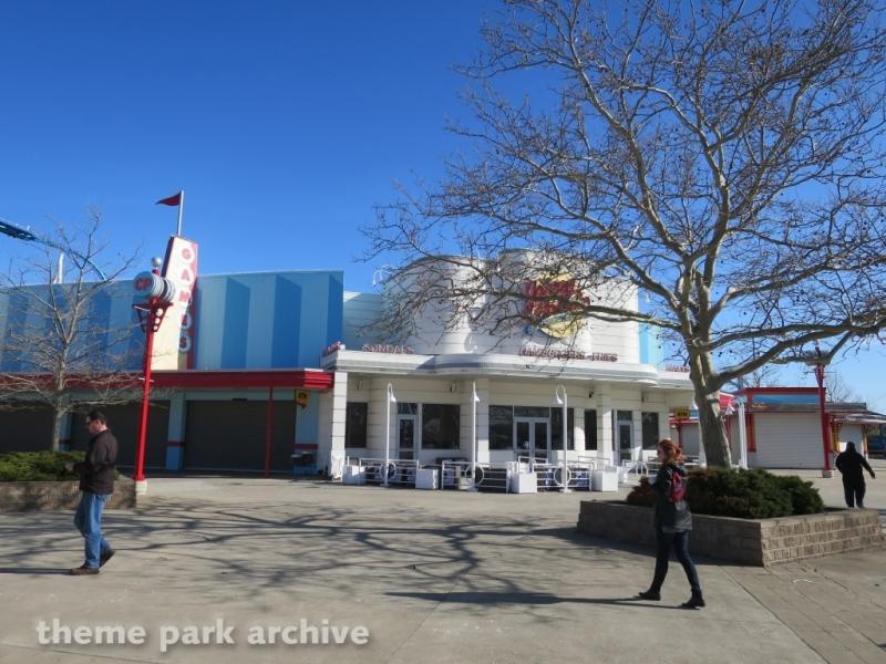 Johnny Rockets at Cedar Point