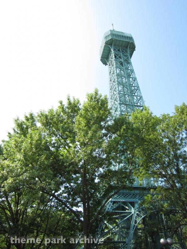 Eiffel Tower at Kings Dominion