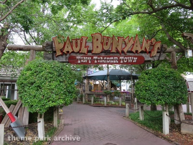 Paul Bunyan's Tiny Timber Town at Frontier City