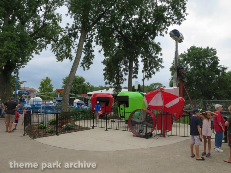 Spin the Apple at Arnolds Park