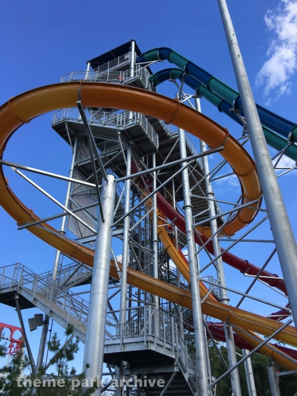 Breakers Pipeline and Plunge at Valleyfair
