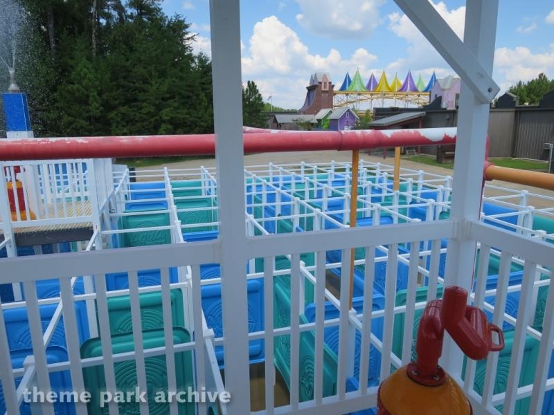 Mist ical Maze at Alabama Splash Adventure