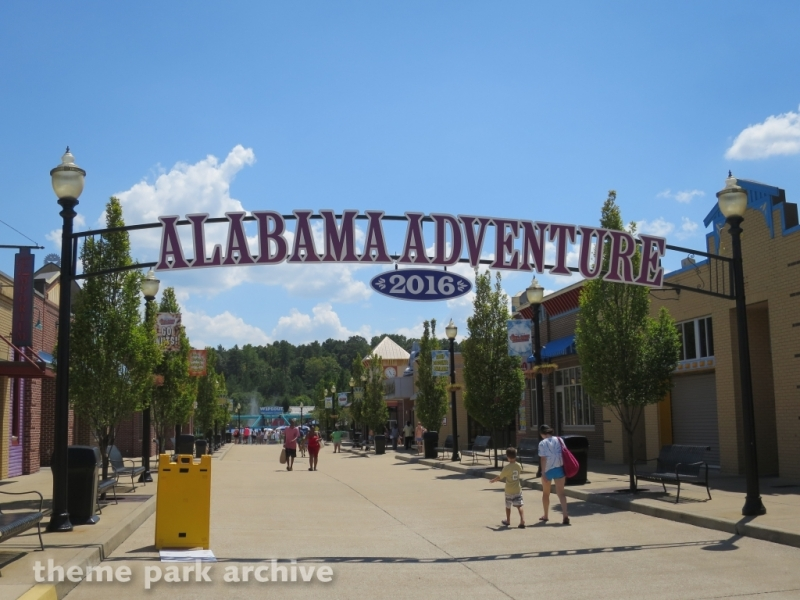 Entrance at Alabama Adventure & Splash Adventure
