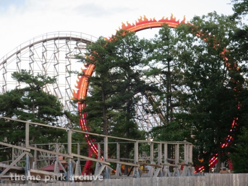 El Diablo at Six Flags Great Adventure