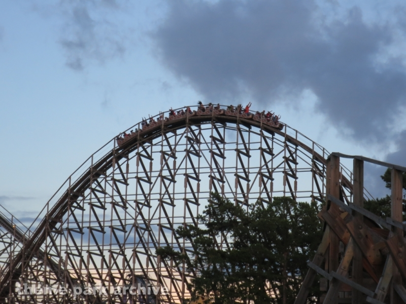 El Toro at Six Flags Great Adventure