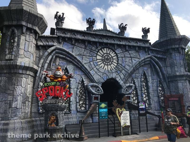 Scooby Doo Spooky Coaster at Warner Bros. Movie World