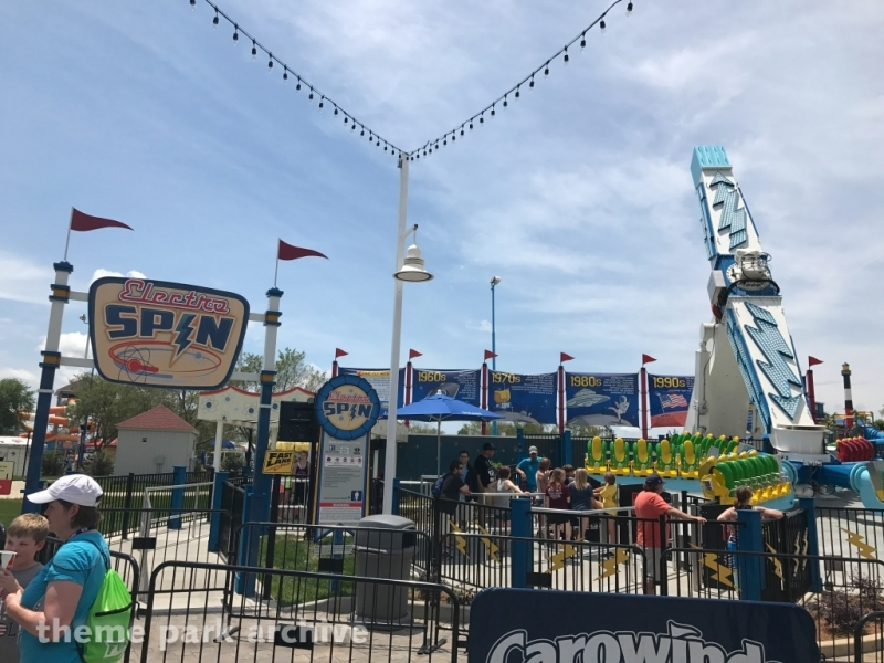 Electro Spin at Carowinds