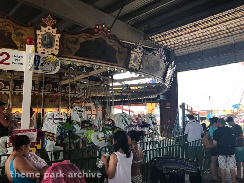 Carousel at Gillian's Wonderland Pier