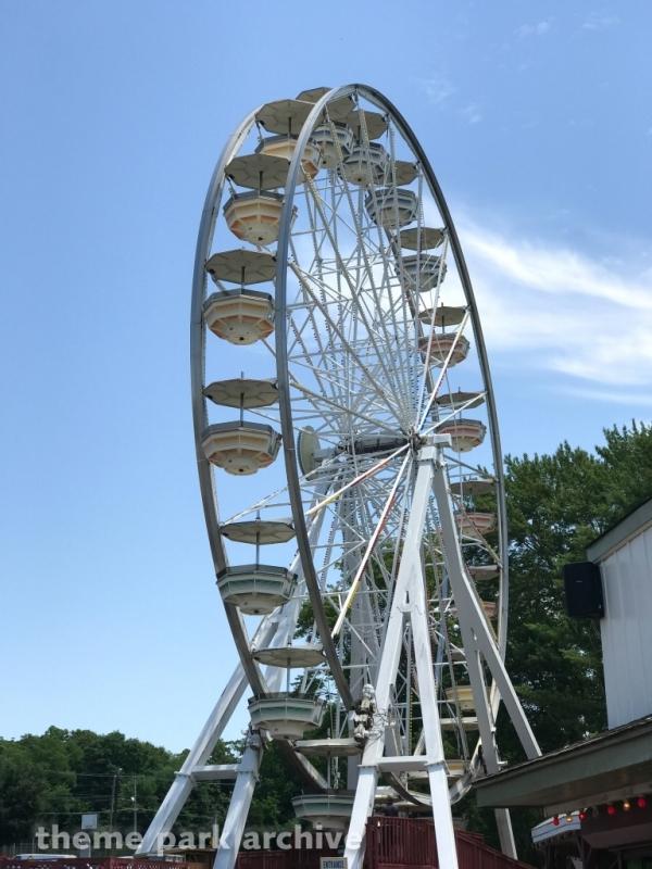 Ferris Wheel at Clementon Park & Splash World