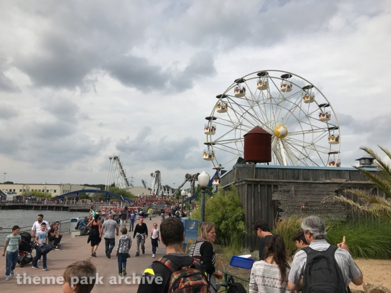 Santa Monica Wheel at Movie Park Germany