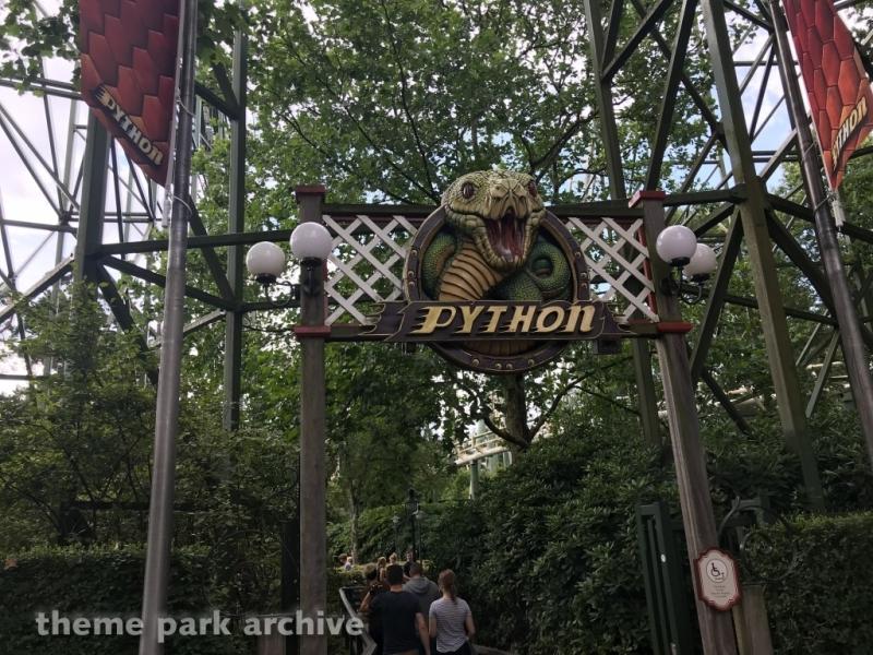 Python at Efteling