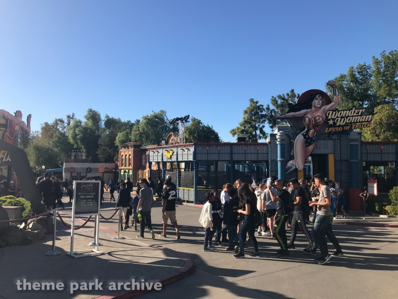 Wonder Woman Lasso of Truth at Six Flags Magic Mountain