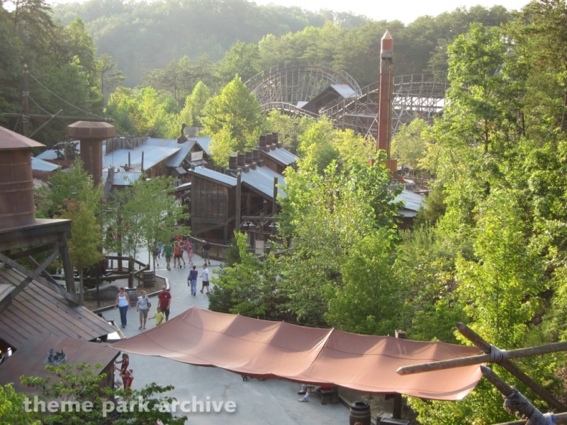 Timber Canyon at Dollywood