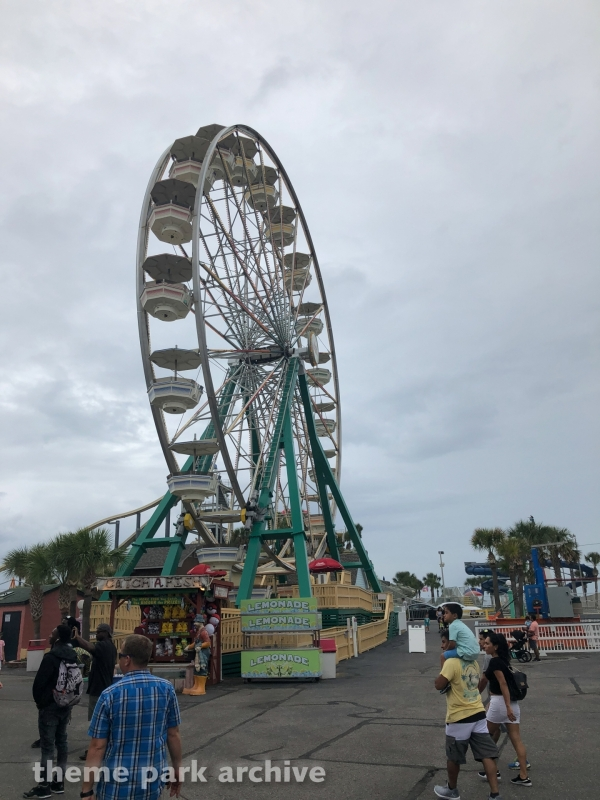 Giant Wheel at Family Kingdom