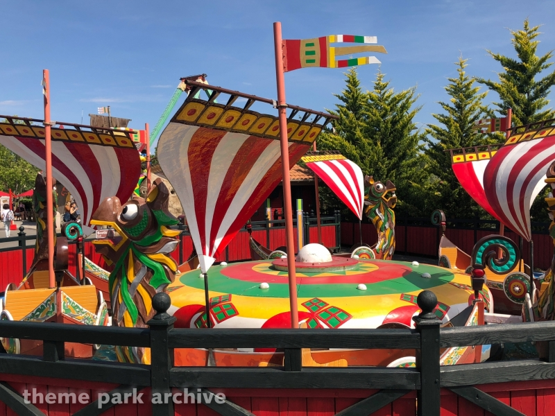 Les Petits Drakkars at Parc Asterix