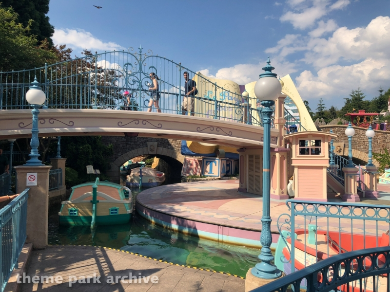 Le Pays des Contes de Fees at Disneyland Paris