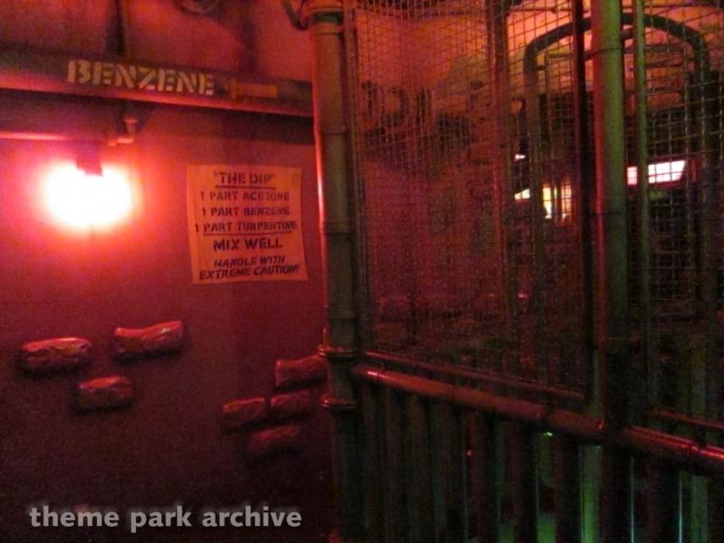 Roger Rabbit's Car Toon Spin at Disneyland