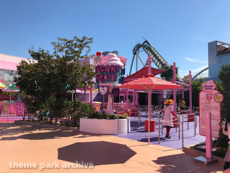 Hello Kitty's Cupcake Dream at Universal Studios Japan