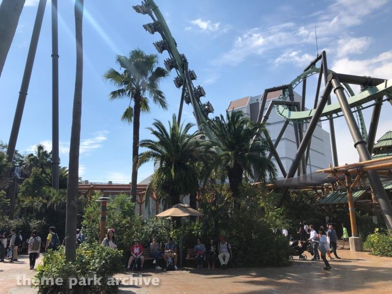The Flying Dinosaur at Universal Studios Japan