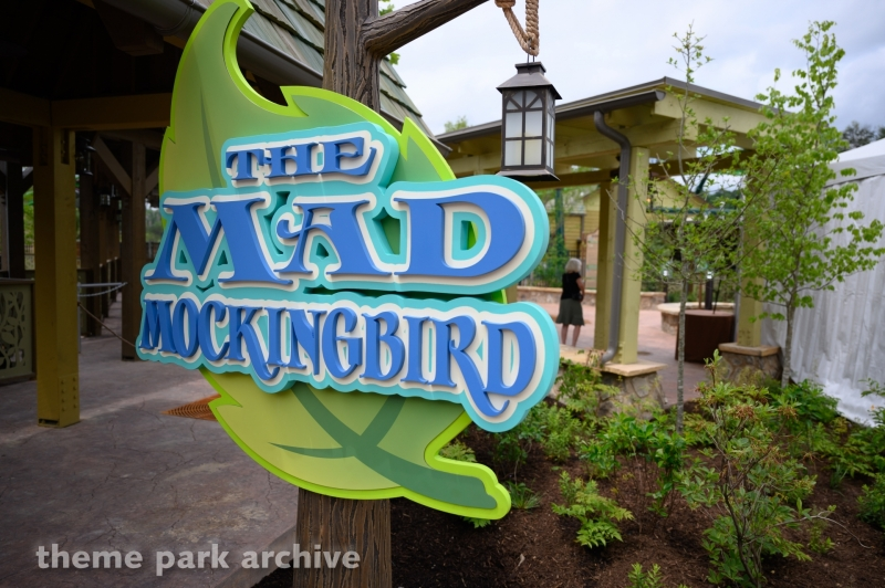 The Mad Mockingbird at Dollywood