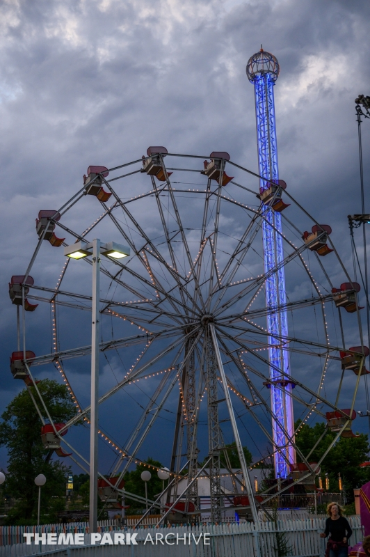 Ferris Wheel at Lakeside Amusement Park