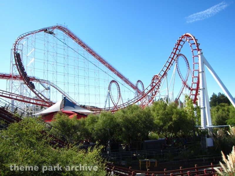 Viper at Six Flags Magic Mountain